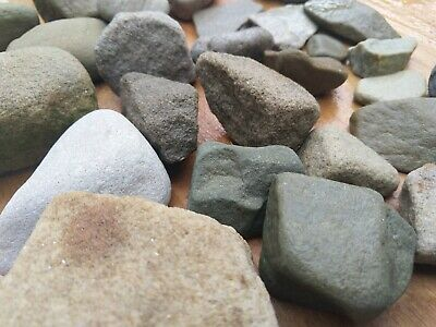 Rocks Stones Arts Crafts Railway Displays( Over 1.5kg )  • 25.82€
