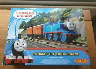 Hornby R9283 Thomas And Friends The Tank Engine Train Starter Set  • 100.54€