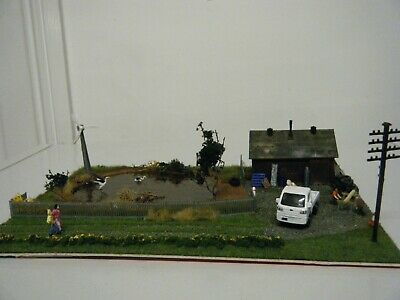 Model Railway Diorama Of Country Scene Pond With Hut • 31.31€