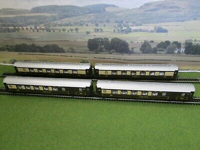 Hornby Oo Gauge Model Railway - Set Of Four Pullman Car Coaches, In Good Con. • 18€