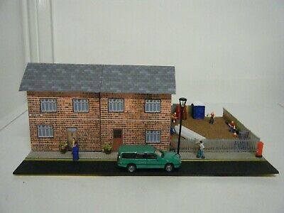 Model Railway Diorama Of Scratch Built Terraced Houses 00 Gauge • 16.86€