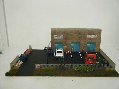 Model Railway Diorama Of Workshops Warehouse Half Relief 00 Gauge • 22.49€
