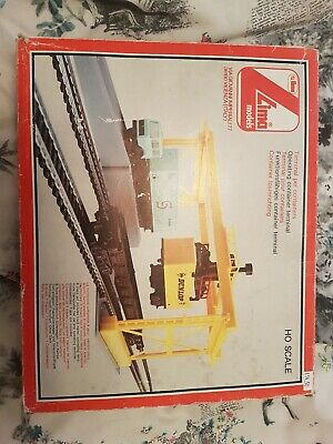 Lima Oo Scale Operating Container Terminal. • 7.82€