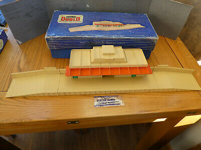 OO Gauge Diecast Hornby Dublo D1 Through Station Boxed Good Condition • 16.85€