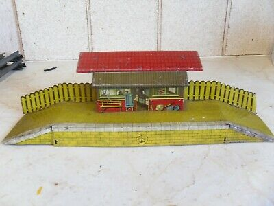 Meccano Hornby Station, Level Crossing, Spring Buffers. • 44.92€