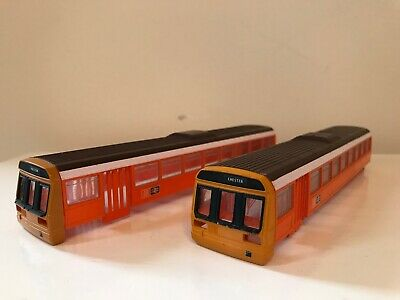 Hornby Pair Of Class 142 Bodies  • 22.58€