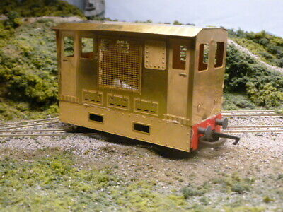 7mm NARROW GAUGE - TRAM LOCO BODYSHELL(with Sideskirts) FOR HORNBY CHASSIS. • 28.13€