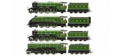 Hornby R3500 The Sir Nigel Gresley Collection - Limited Edition Gloss Finish • 656.12€