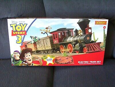 Hornby Railways  OO  Gauge Toy Story 3 Electric Train Set. • 144.57€