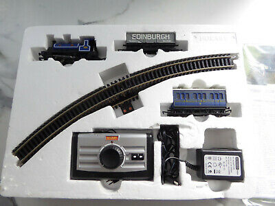 Hornby Caledonian Belle Train Set • 32.25€