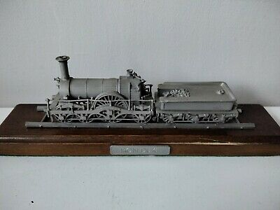 Rare Danbury Mint Fine Pewter Replica Locomotive Iron Duke 1847 • 28.11€