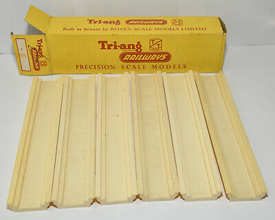 Triang Tt Boxed 6 Straight Track Foundations • 11.85€