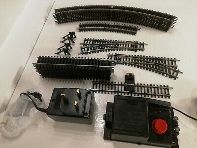 Hornby Basic Oval Plus Track Pack A And B With Controller Ideal Test Track.  • 39.31€