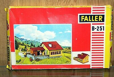 Faller 'ho' Scale B-251 House Kit - Unused, Kit Is Seal Wrapped - Box Opened • 11.56€