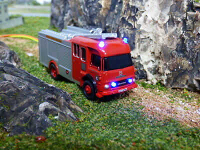Oxford Diecast Bedford TK Fire Truck With Flashing Lights • 39.54€