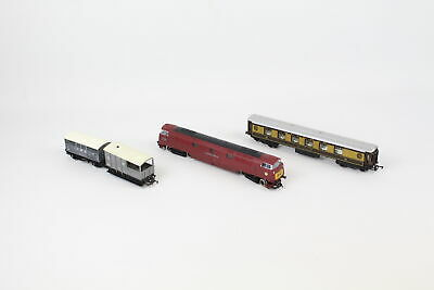 4 Vintage TRIANG/HORNBY Western Courier Loco, Carriages & Rolling Stock OO Gauge • 29.12€