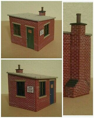 2 X Lgb G Scale Resin Plate Layers Hut Kits Brand New & Unbuilt In Bags • 84.22€