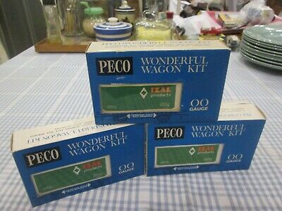 3 X PECO WONDERFUL WAGONS -IZAL PRODUCTS-BOXED • 21.12€