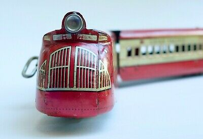 Vintage Tin Toy Trains • 92.94€