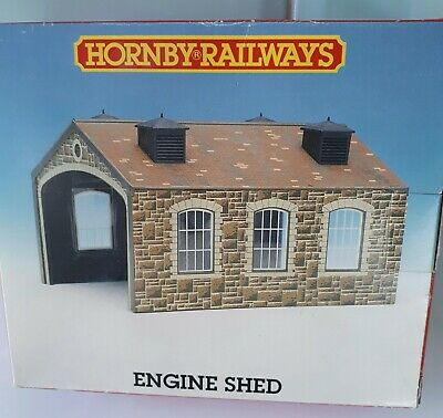 Hornby Railways R.519 Engine Shed New Boxed • 11.19€