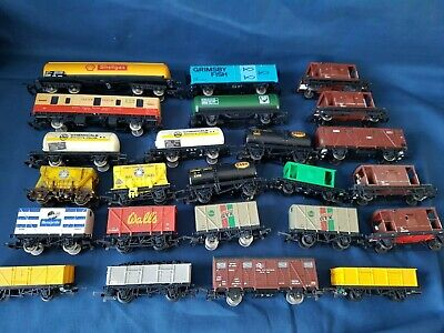 24 X Lima And Kit Wagons, Tankers, Vent Vans, Cement Etc Fair To Good Unboxed • 17.51€