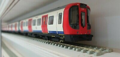 Bachmann S-Stock London Underground DCC Fitted With Light And Sound • 675.02€