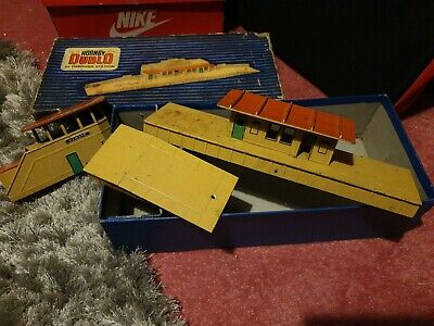 Hornby Dublo Station Signal Box As Pictures  • 22.46€