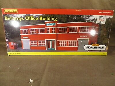 Hornby Fertighaus R8771  Bellamys Office Building In OVP, Ladenneu, Selten • 3.50€