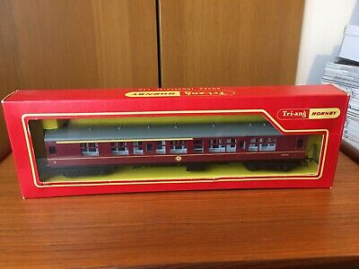 Tri-ang Hornby R422 1st/2nd Composite Coach • 3.70€