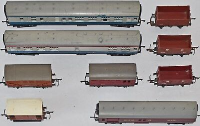 (787) 9 Pieces Of Triang Oo Gauge Carriages & Wagons (used) • 38.27€