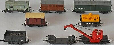 (1067) 8 Pieces Of Triang Rolling Stock. Wagons. Used • 38.05€