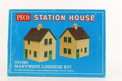 Peco Products LK-15 Station House (stone) • 25.10€