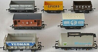 (1238) 7 Pieces Of Hornby Rolling Stock, Wagons. Pre-owned • 39.13€