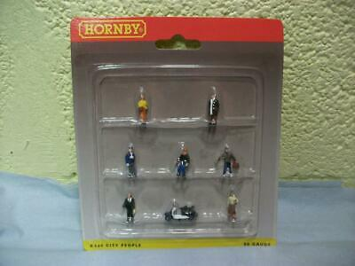 City People Group + Scooter By Hornby No R560 '00' Gauge Still Sealed, Excellent • 2.49€