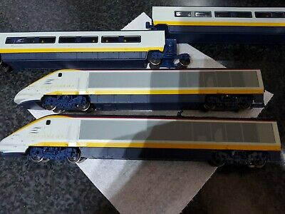 Hornby Eurostar And Carriages • 70.66€
