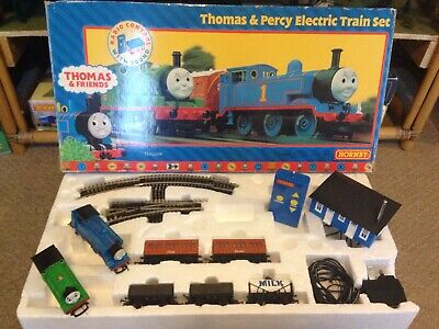 Hornby R9045 Oo Gauge Thomas And Percy Train Set With Remote Control Vgc • 132.96€