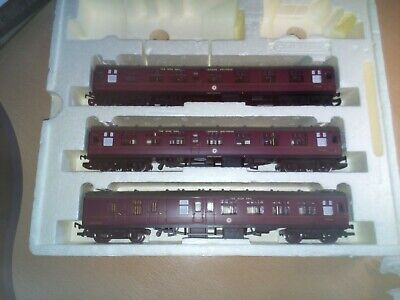 Set Of Three Hornby BR Mk1 Maroon Lined Carriages From The Irish Mail Set • 47.81€