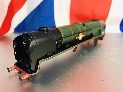 HORNBY 00 Class MERCHANT NAVY Locomotive Complete  Body Shell Only VGC !!! • 39.30€