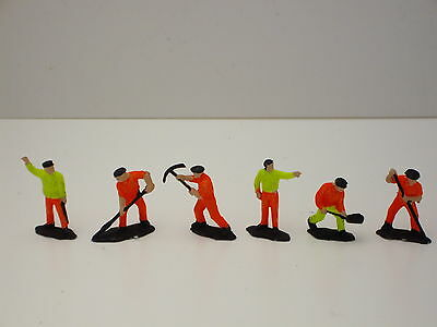 **  Work  Gang  2  **  6  Figures  Very  Good  Condition • 2.23€