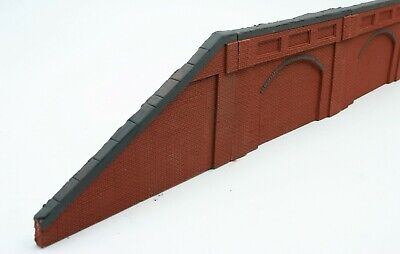 5 Piece Detailed Model Railway Brown Retaining Wall With Incline & Decline 03 • 16.84€