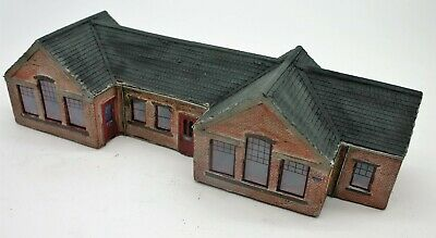 Detailed Model Railway Station For HO / OO 3 • 22.45€