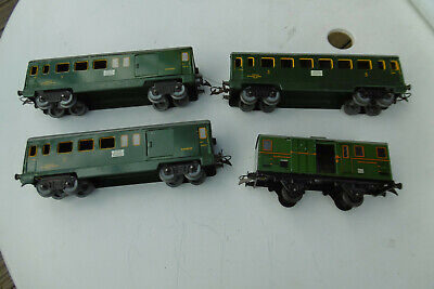 Hornby O 3 Voitures 1 Fourgon • 50€