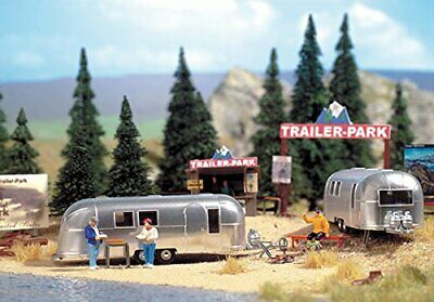 Walthers In Camp Site With Two Trailers • 55.91€