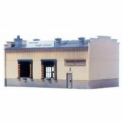 Model Power HO Scale Building Kit - Interstate Freight Terminal • 50.06€