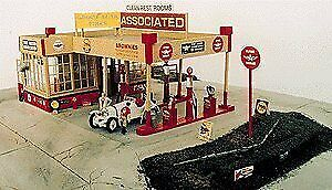 HO Scale Brownies Northside Service • 61.83€