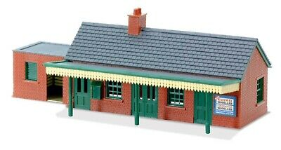Peco , Country Station Building In Brick, 00 , ** Ready Made ** • 49.15€