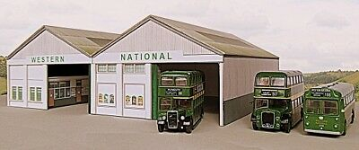Kingsway, 00 Scale, Western National Helston Bus Depot, Ready Made. • 49.20€
