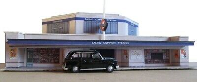 Kingsway, 00 Scale, Ealing Common Underground Station, Ready Made • 49.20€