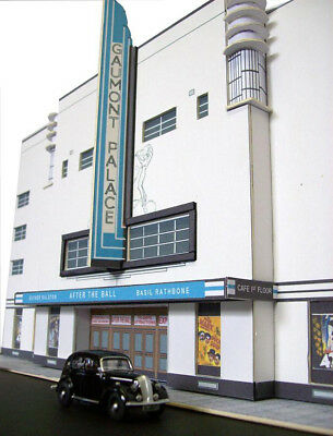 Kingsway, 00 Scale, Cheltenham Gaumont Palace / Odeon Cinema, Ready Made. • 49.15€