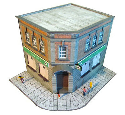 Kingsway, 00 Scale, Local Bank Wingham,  Ready Made. • 49.20€